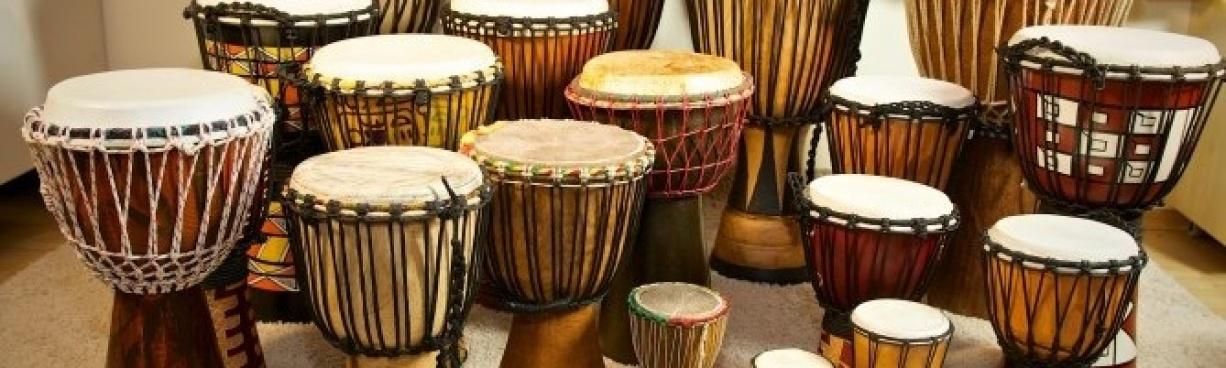 Bubny, perkuse, chřestítka